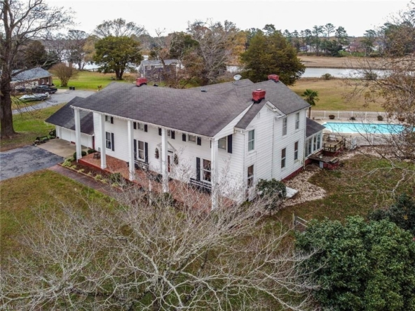 Suffolk Virginia historic homes for sale 18