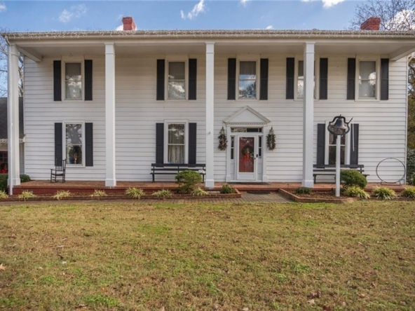 Suffolk Virginia historic homes for sale 4