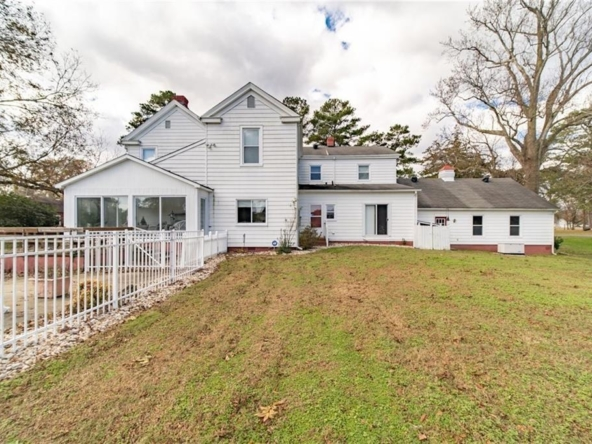Suffolk Virginia historic homes for sale 8