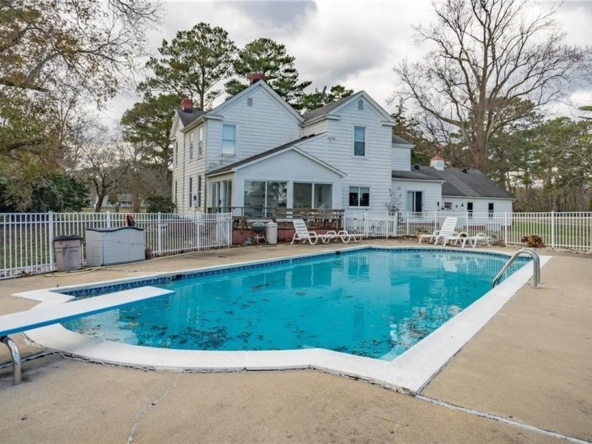 Suffolk Virginia historic homes for sale 9