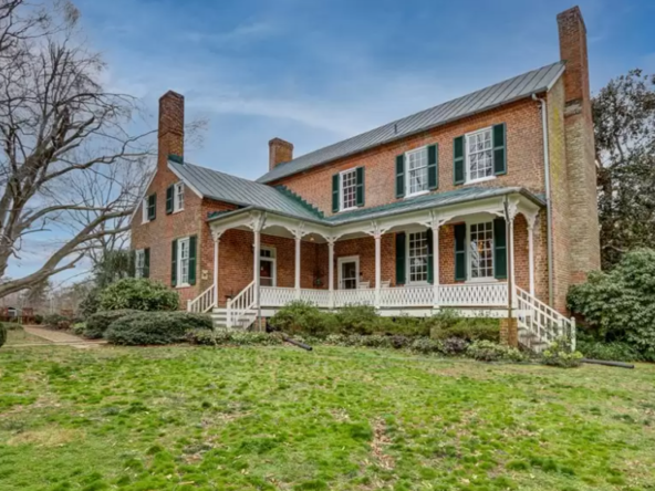 southern-virginia-historic-homes-for-sale-2-592x444